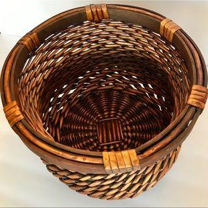 Other - Wooden Rim Brown Wicker Basket